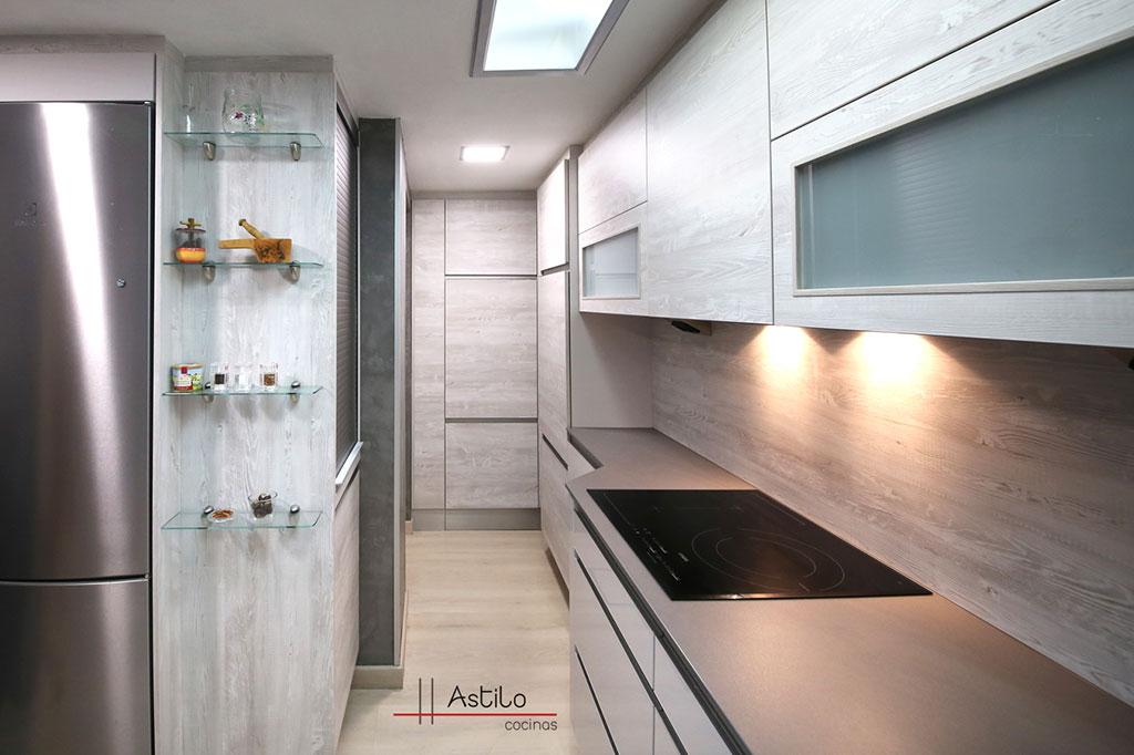 Amueblamiento de cocina pino nautic cocinas zaragoza - Amueblamiento de cocinas ...