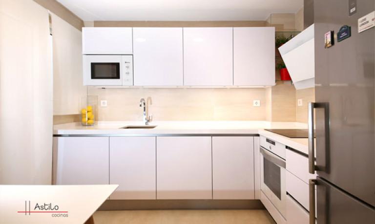 Bonito muebles de cocina en zaragoza galer a de im genes for Milanuncios zaragoza muebles