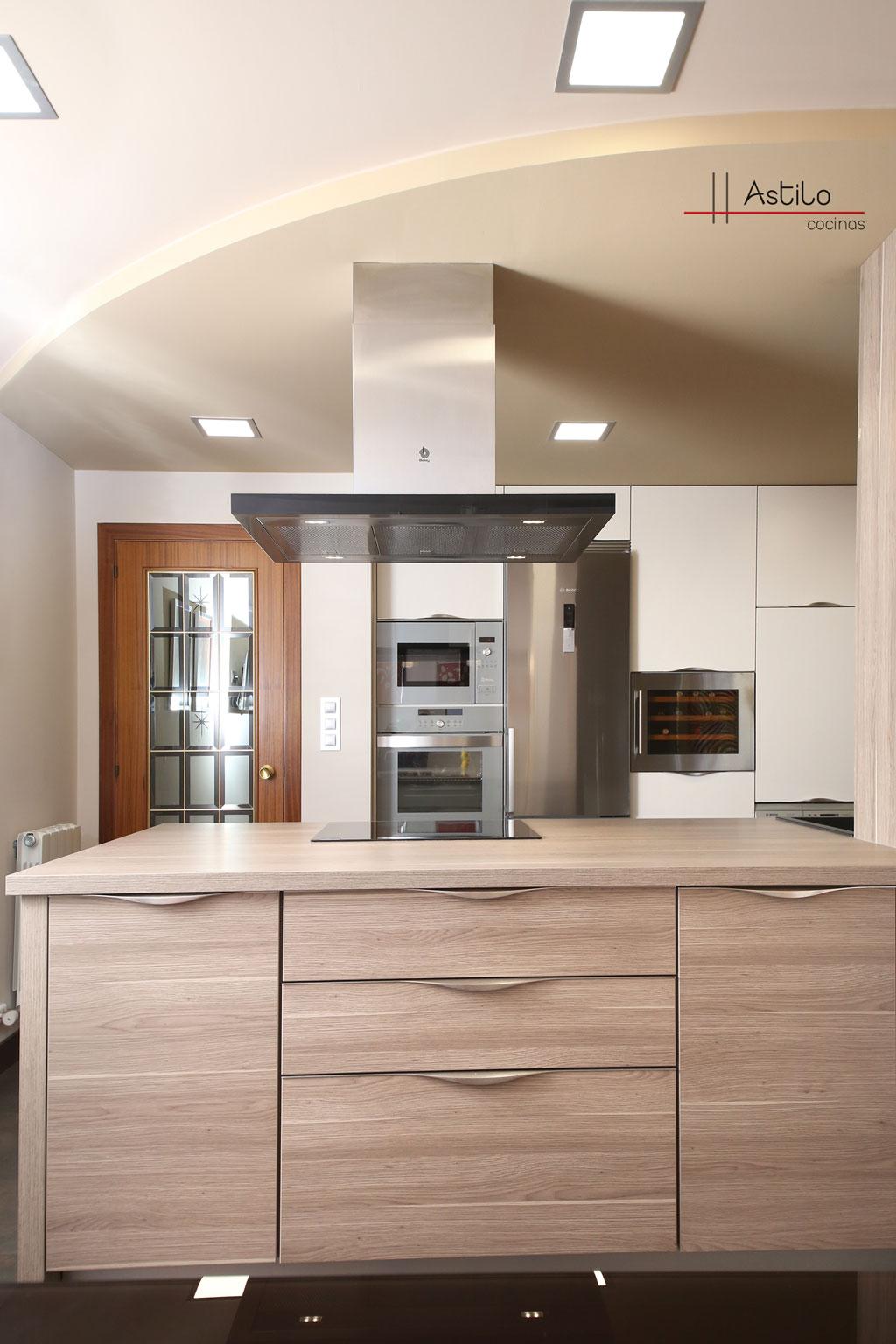 Reforma y amueblamiento de cocina cocinas zaragoza - Amueblamiento de cocinas ...
